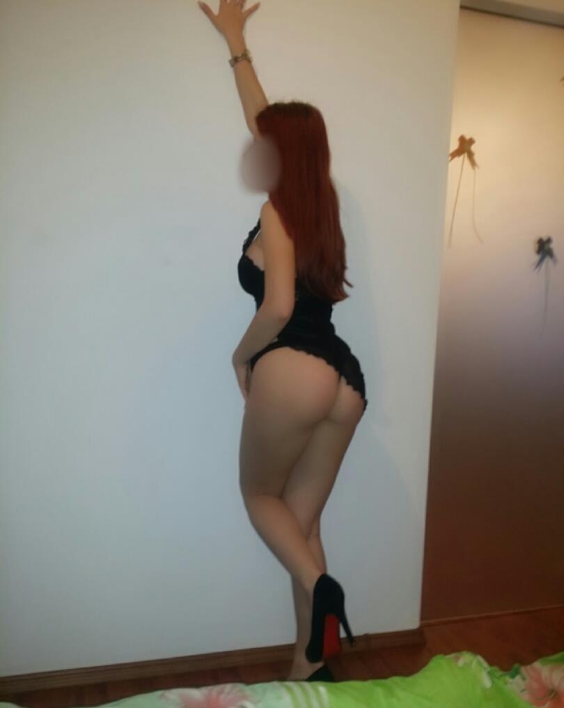 Maya Roscata Sexy