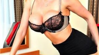 Femei Bucuresti: Blonda reala- 26.ani …ador amorul pervers ..alba iulia